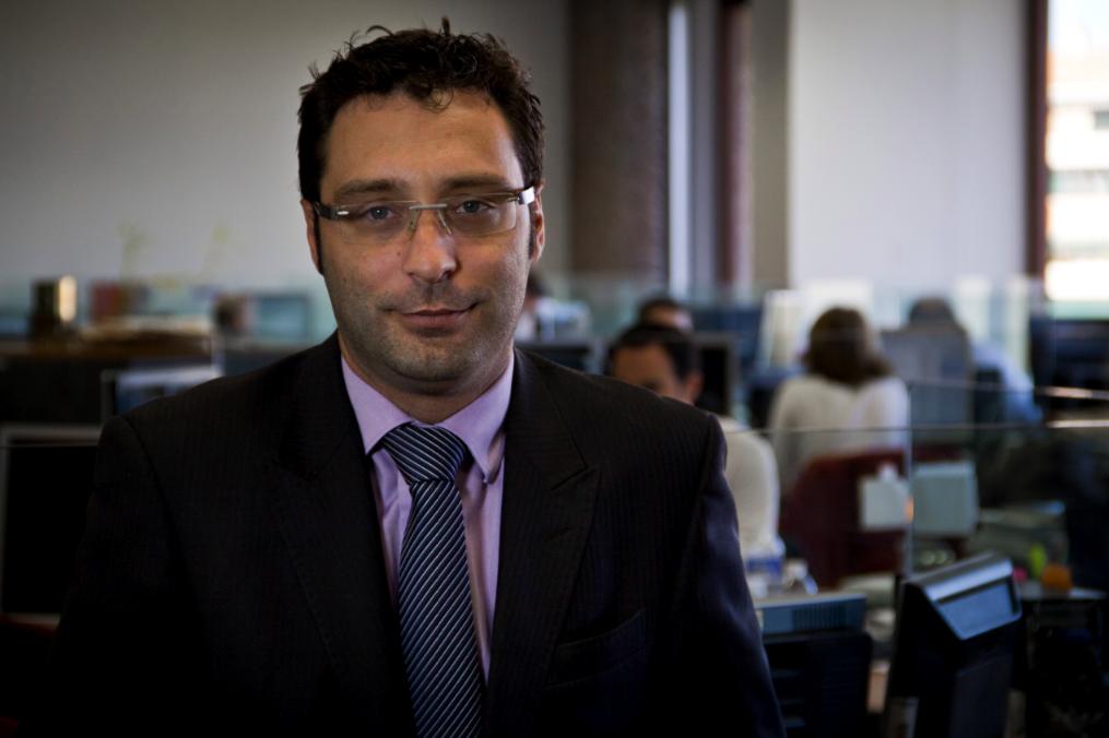 """David Navarro: """"Por fundamentales, vemos caras compañías como Abengoa, Enagás o REE"""""""