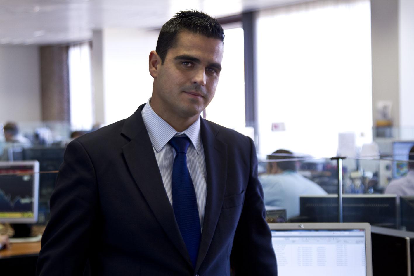"""Juan Hernando: """"Todo lo que sea avanzar en la protección del inversor será positivo"""""""