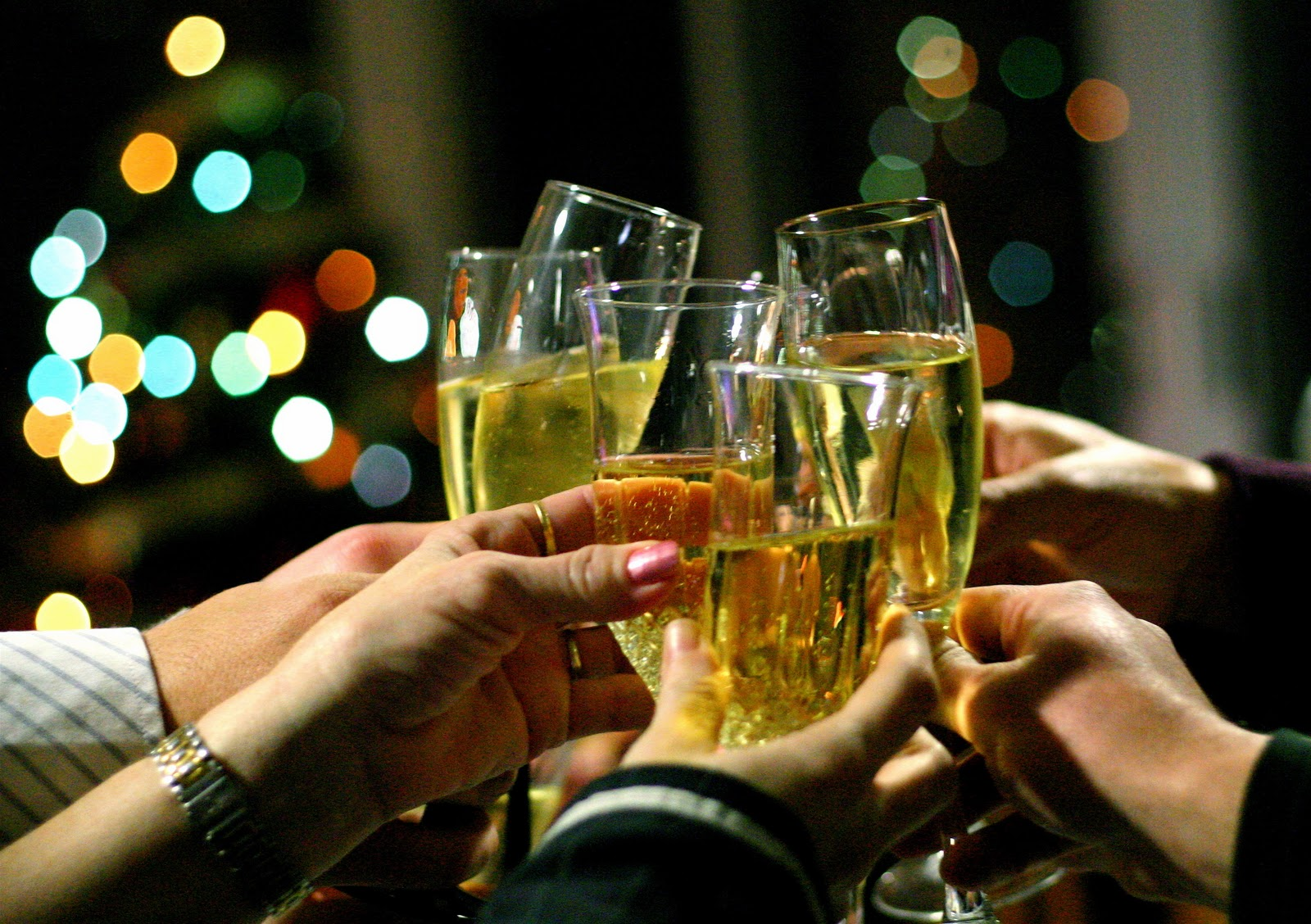 Cenas de empresa por Navidad: celébralas de una forma diferente y divertida