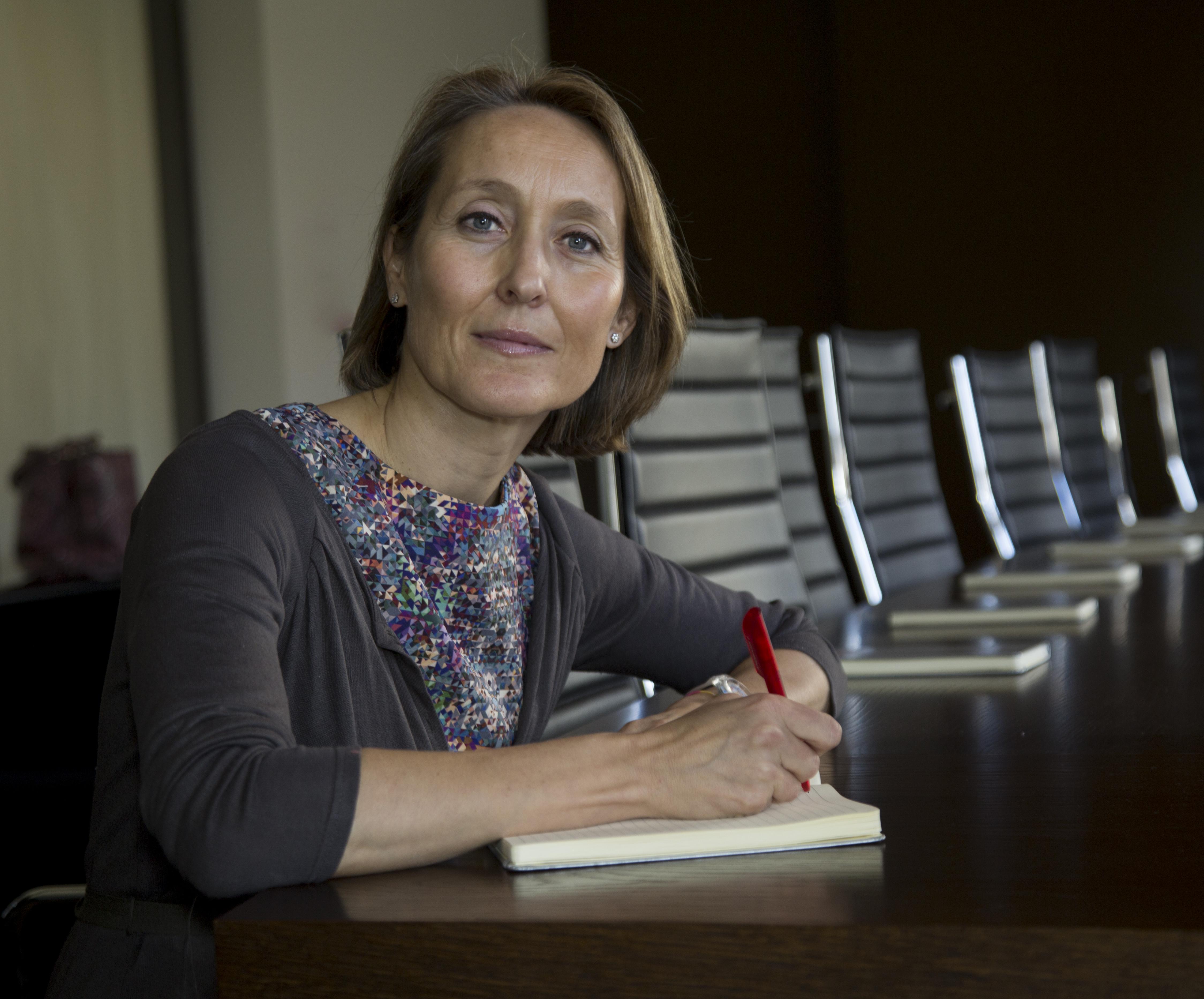 """Marian Fernández: """"Tipos bajos en Europa en 2016 deberían hacer que el crédito fluya, impactar en la confianza y dar soporte a los mercados""""."""