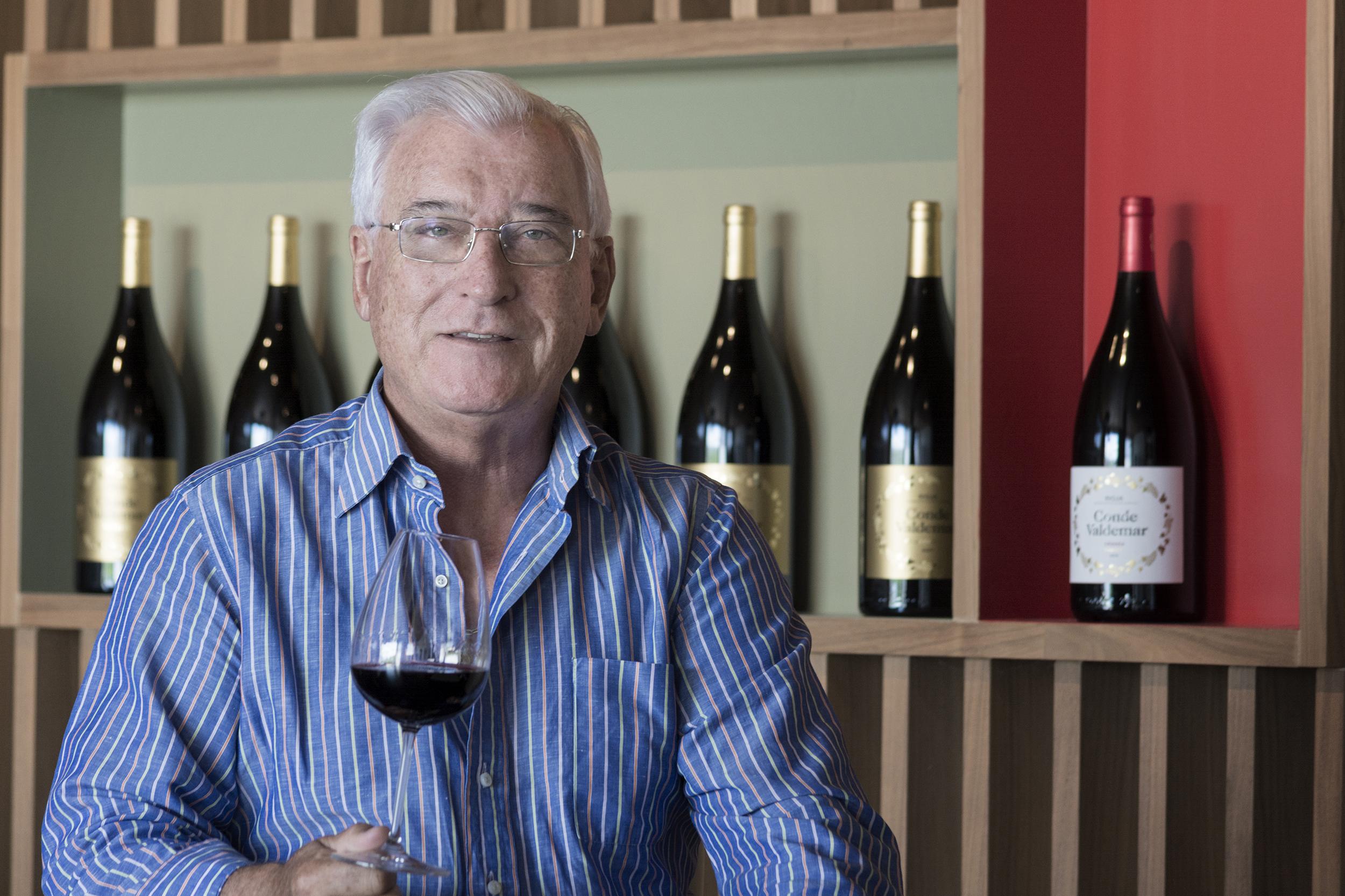 """Jesús Martínez Bujanda: """"Los amantes del vino quieren saber cómo se elabora y qué lo hace diferente"""""""