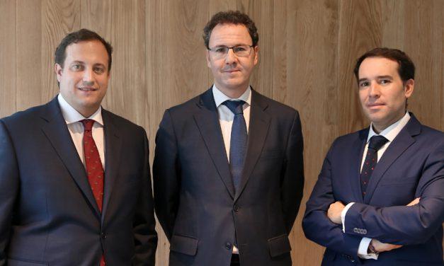 Andbank España incorpora tres banqueros privados para su oficina de la Calle Serrano