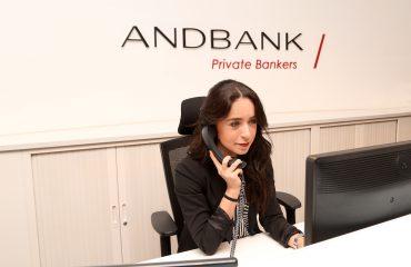 Andreea de Andbank en recepcion