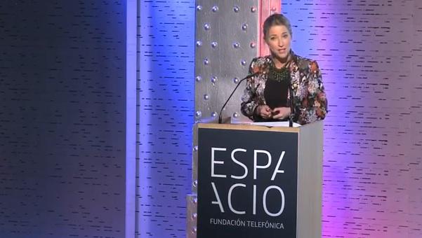 María Muñoz (@mariadelamiel) participa en los Tweets Awards 2012