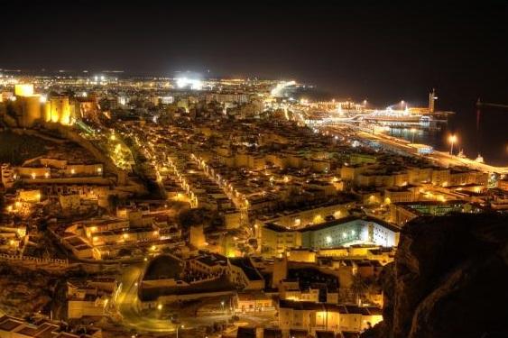 Inversis apuesta por los emergentes en la inauguración de su sede en Almería