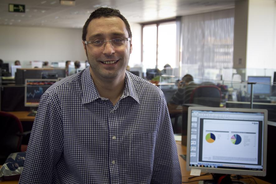 """David Navarro: """"No es una mala idea comprar en el entorno de los 10.000 cuando existe riesgo de caída hasta los 9.600 a corto"""""""