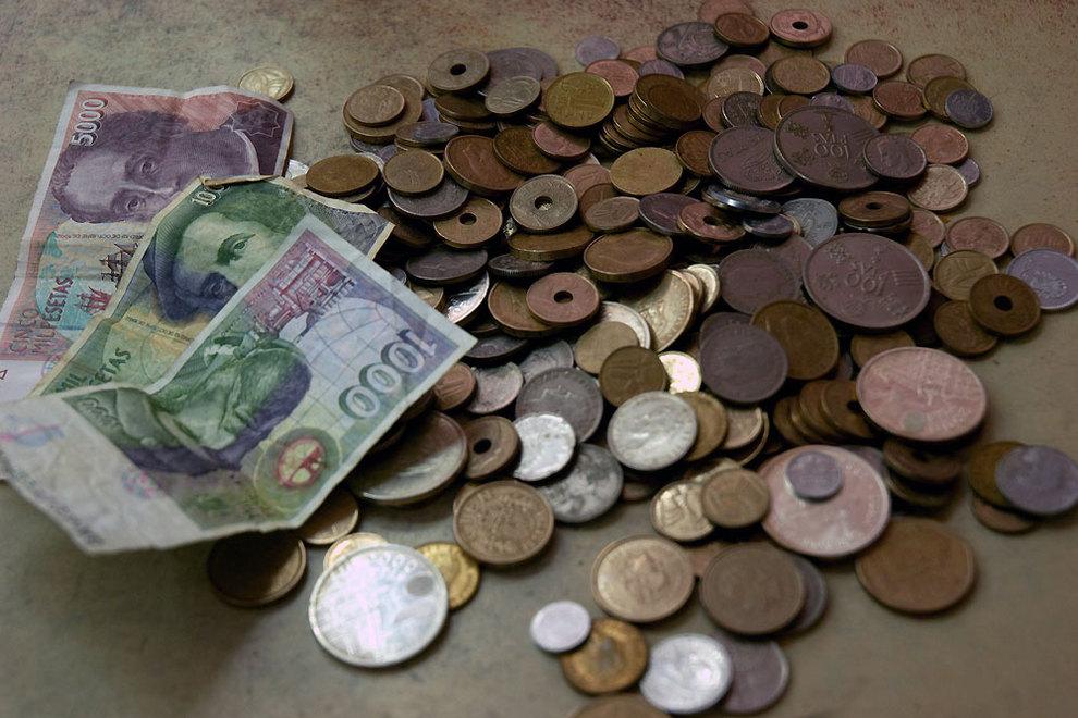 ¿Por qué los españoles aún conservamos más de 278 mil millones de las antiguas pesetas?