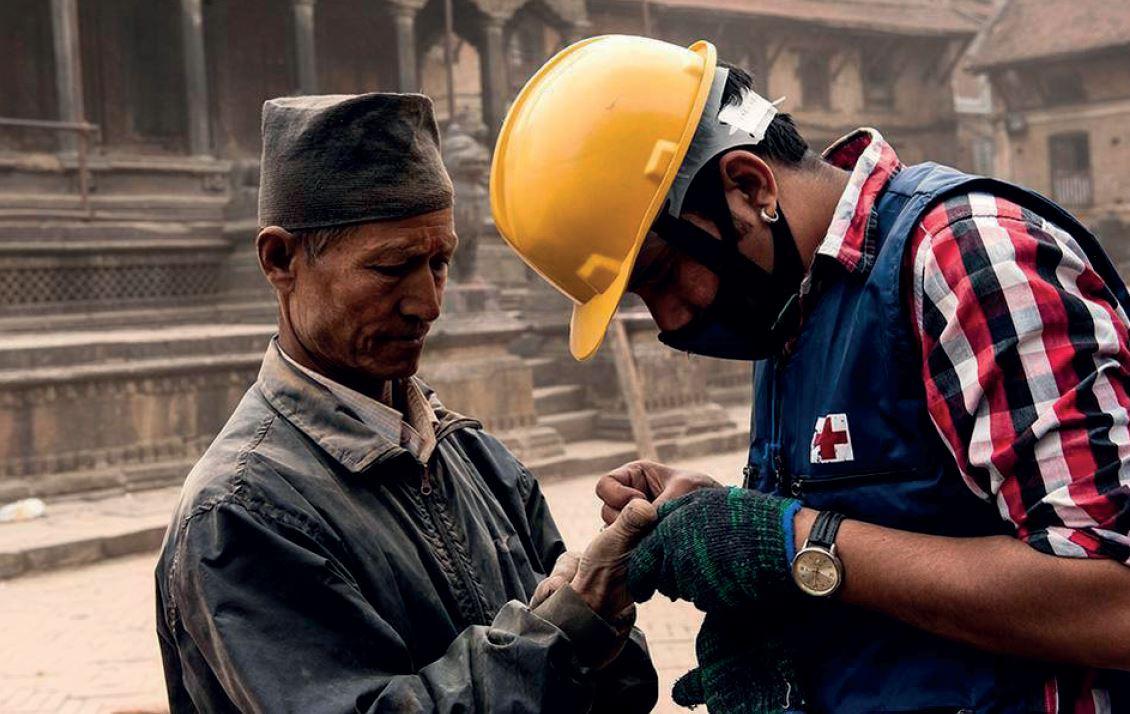 Colabora con Cruz Roja para ayudar a los afectados por el terremoto de Nepal