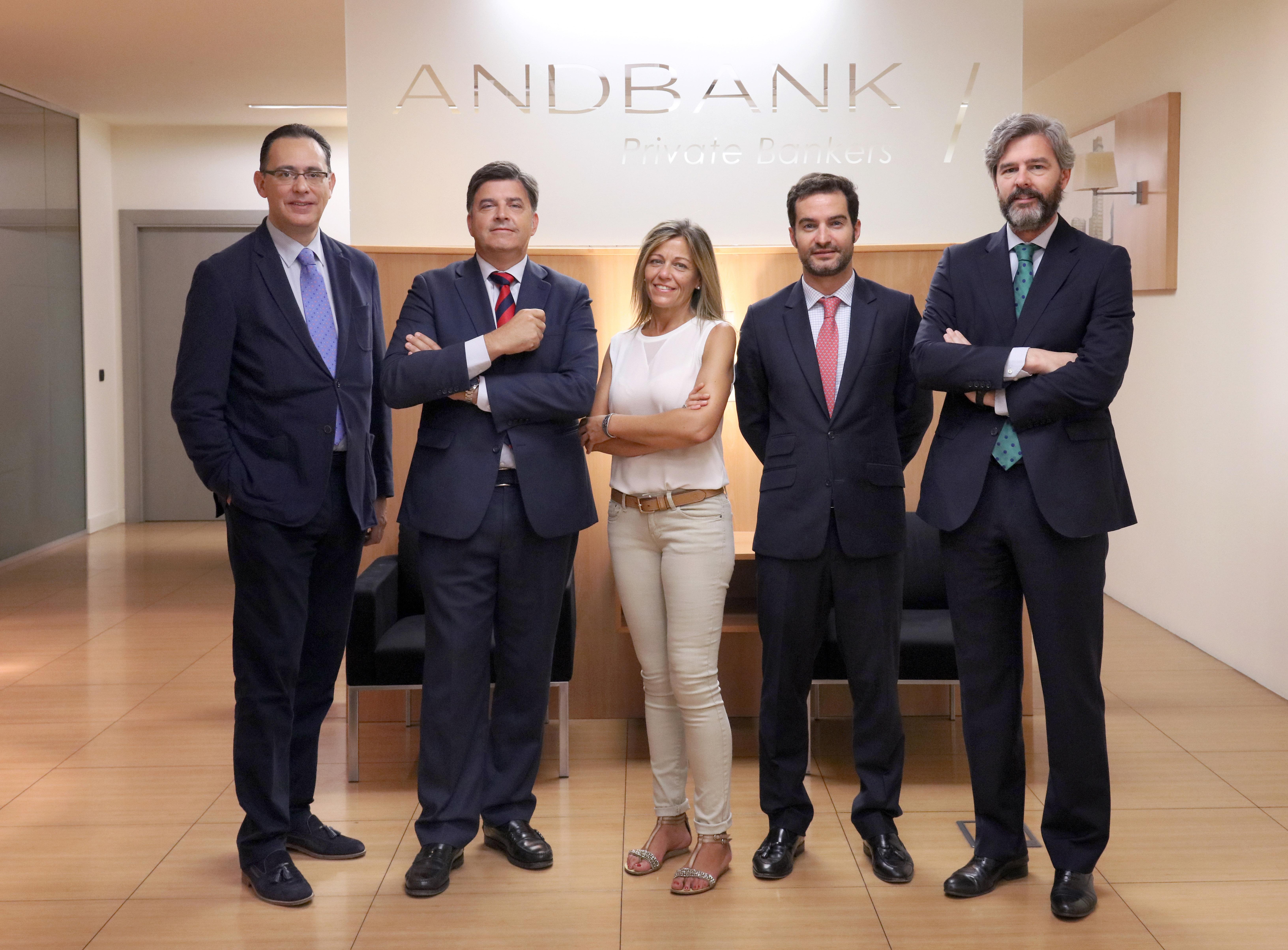 Nuevo espacio de coworking para agentes financieros
